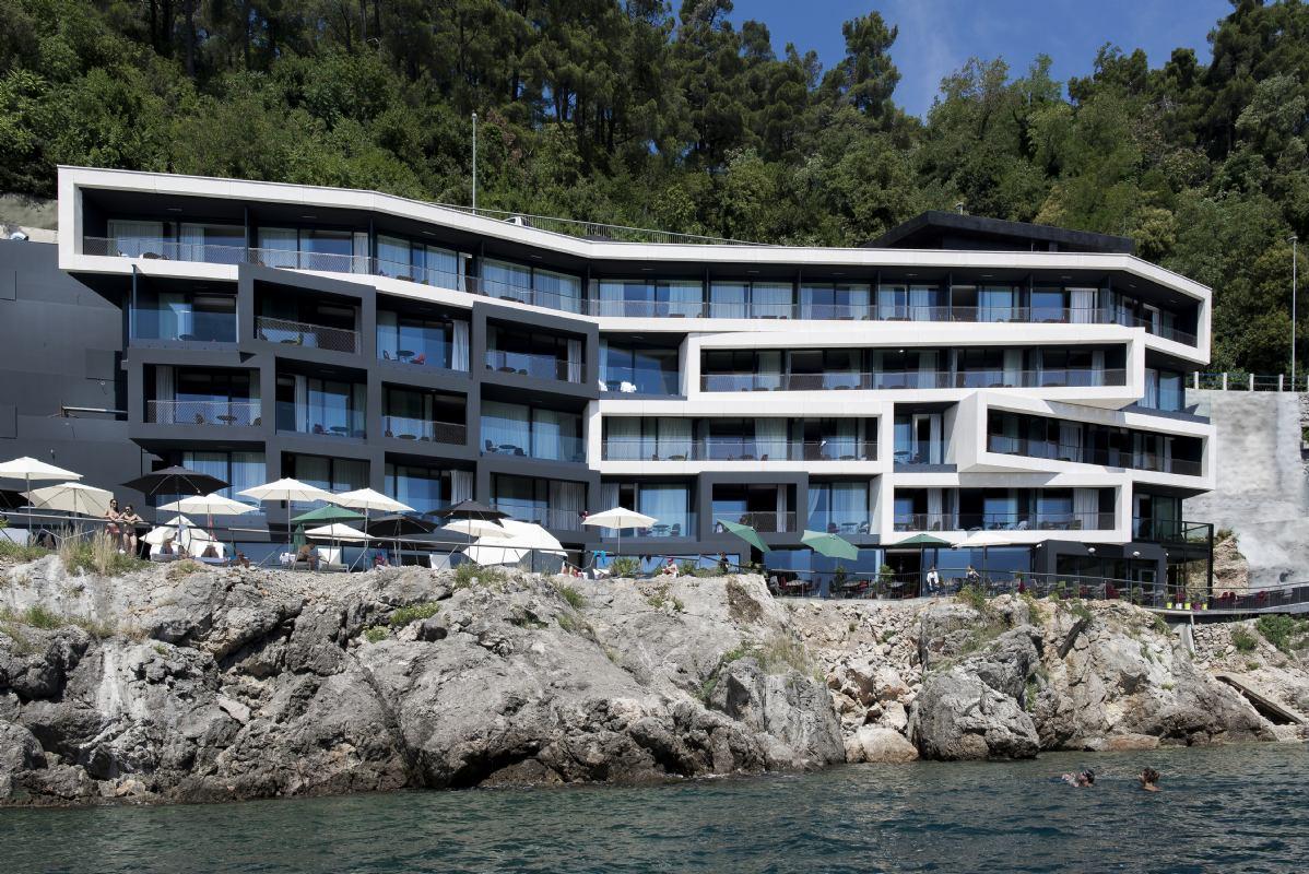 Hotel navis opatija opatija kroatien hotels for Design hotel i restoran navis