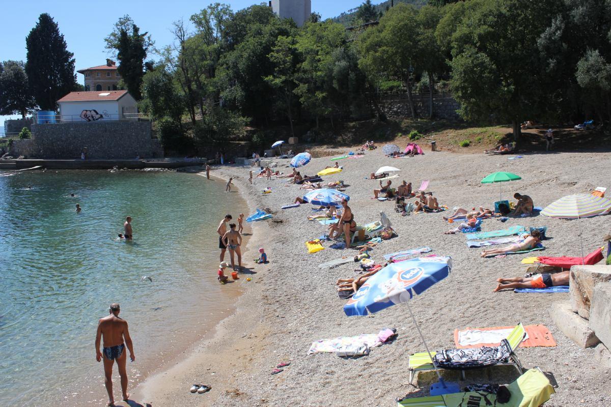 Peharovo beach